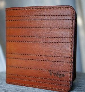 brown bi fold wallet with panel stitching -- vvego.com