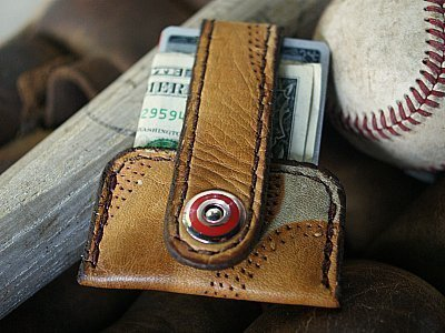 baseball glove wallet -- the minimalist Vvapor