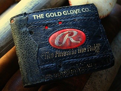 Traditional Baseball Glove Leather Bifold Wallet